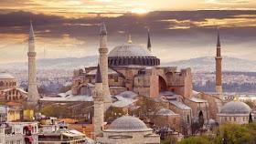 Kisah Pendeta Jadi Mualaf di Hagia Sophia