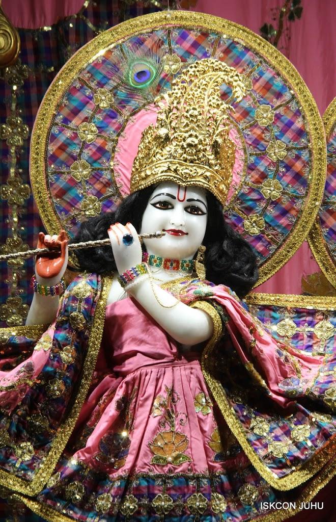 ISKCON Juhu Mangal Deity Darshan on 3rd May 2016 (23)