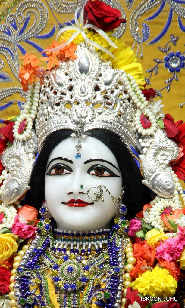 ISKCON Juhu Sringar Deity Darshan on 7th Sep 2016 (79)