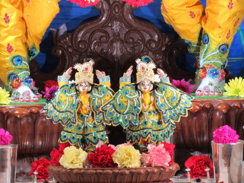 ISKCON Chicago Deity Darshan 11 Feb 2016 (7)