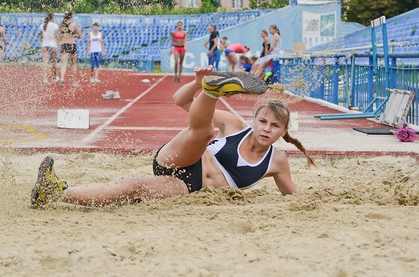 фотографии Чемпіонат Харківської області, молодіжний чемпіонат по легкой атлетике