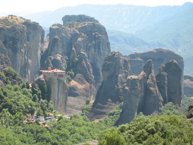 Blog de voyage-en-famille : Voyages en famille, Arrivée aux Météores