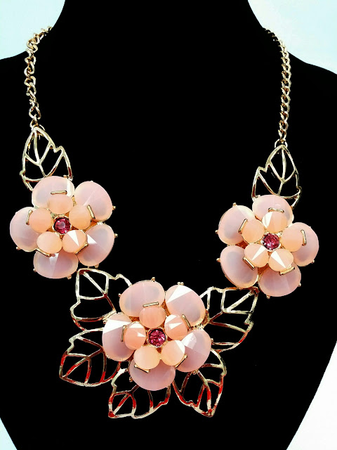 Our EXQUISITE STATEMENT NECKLACES - Our%2BEXQUISITE%2BSTATEMENT%2BNECKLACES%2B-%2B6