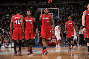 lebron james nba 120203 mia at phi 05 King James Unveils New Shoe   Black/Red/White LEBRON 9