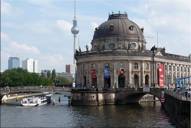 Bode-Museum visto desde el Ebertbrücke - Berlín'15