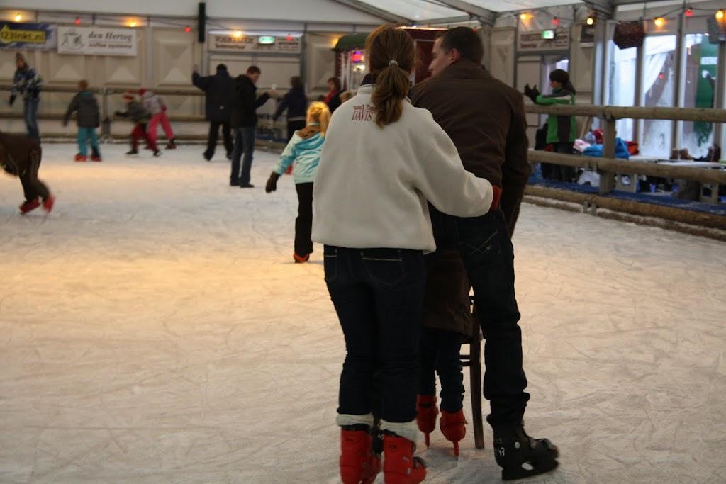 Sinterklaas bij de schaatsbaan - IMG_0392.JPG