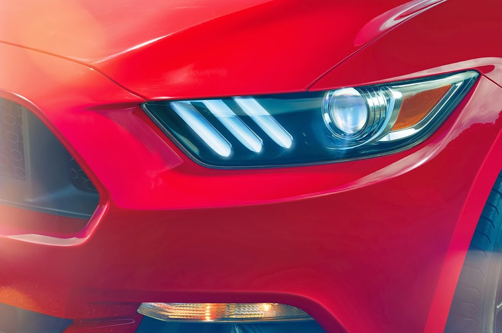 Ford-Mustang-GT-2015-08