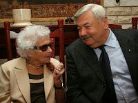Sajtótékoztató (18)_Ilonka néni és Lomnici Zoltán.jpg