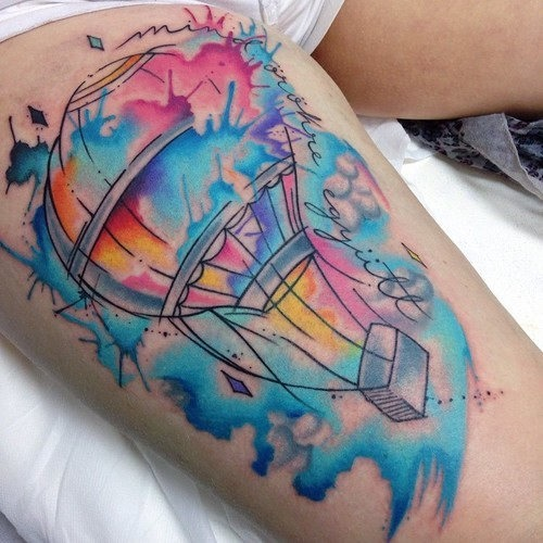 este_deslumbrante_balo_de_ar_quente_tatuagem