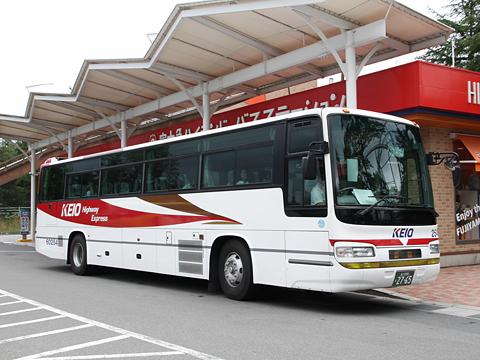 京王バス東「中央高速バス富士五湖線」 K60254 富士急ハイランドBTにて