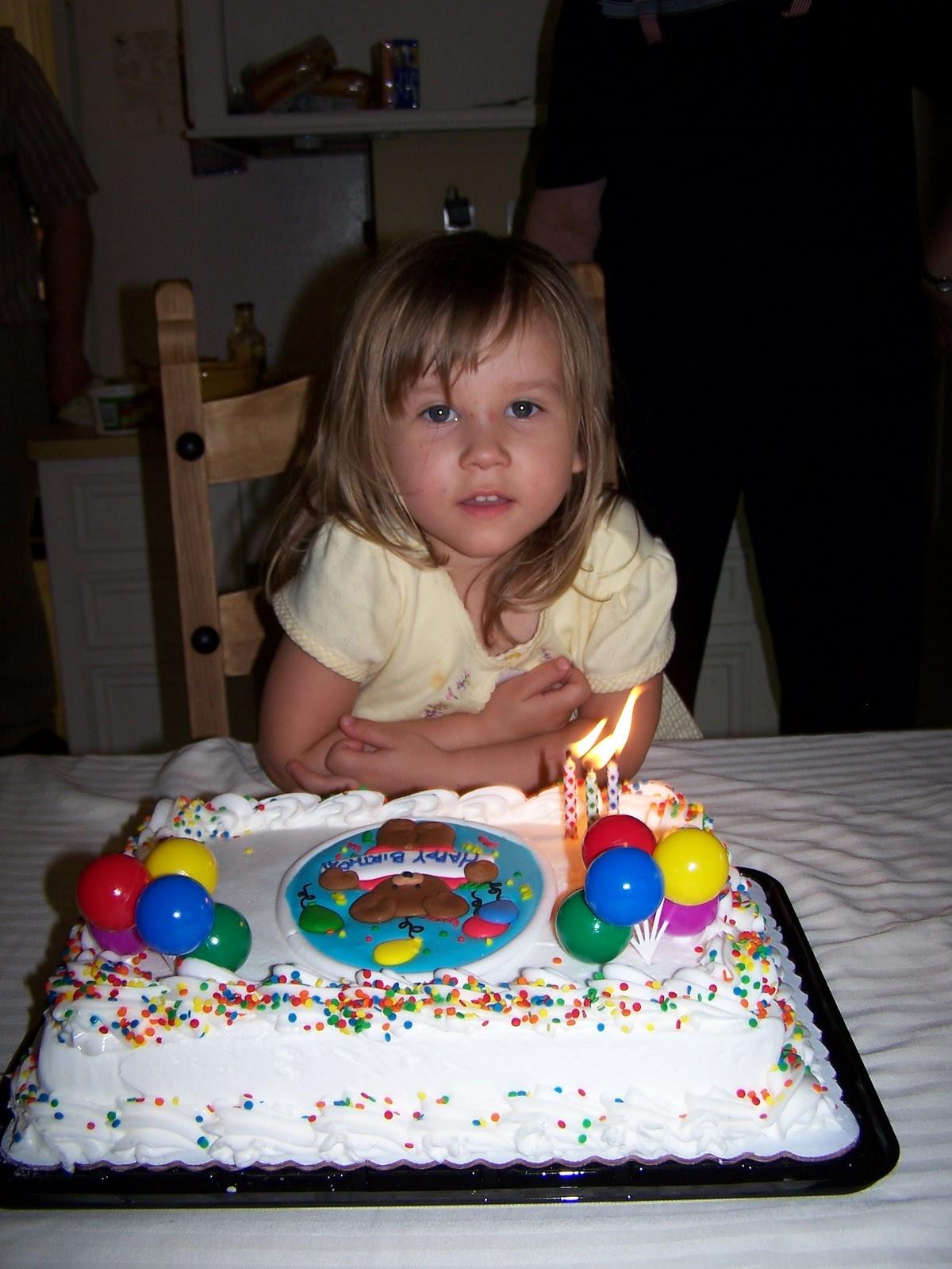 Corinas Birthday Party 2007 - 100_1895.JPG