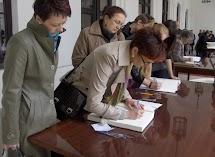 krakowskie przedmieście warszawa 4wiecień 2010 027.jpg