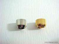 裝潢五金品名:銅珠-母規格:5.5MM材質:純銅顏色:金色/銀色玖品五金