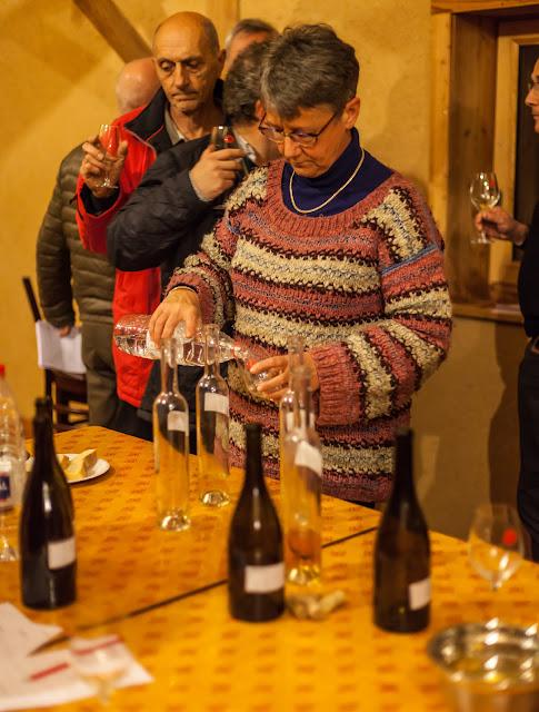2015, dégustation comparative des chardonnay et chenin 2014 - 2015-11-21%2BGuimbelot%2Bd%25C3%25A9gustation%2Bcomparatve%2Bdes%2BChardonais%2Bet%2Bdes%2BChenins%2B2014.-147.jpg