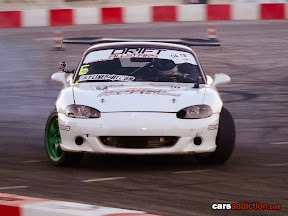 White Mazda MX5 driven by Filippo Pirini