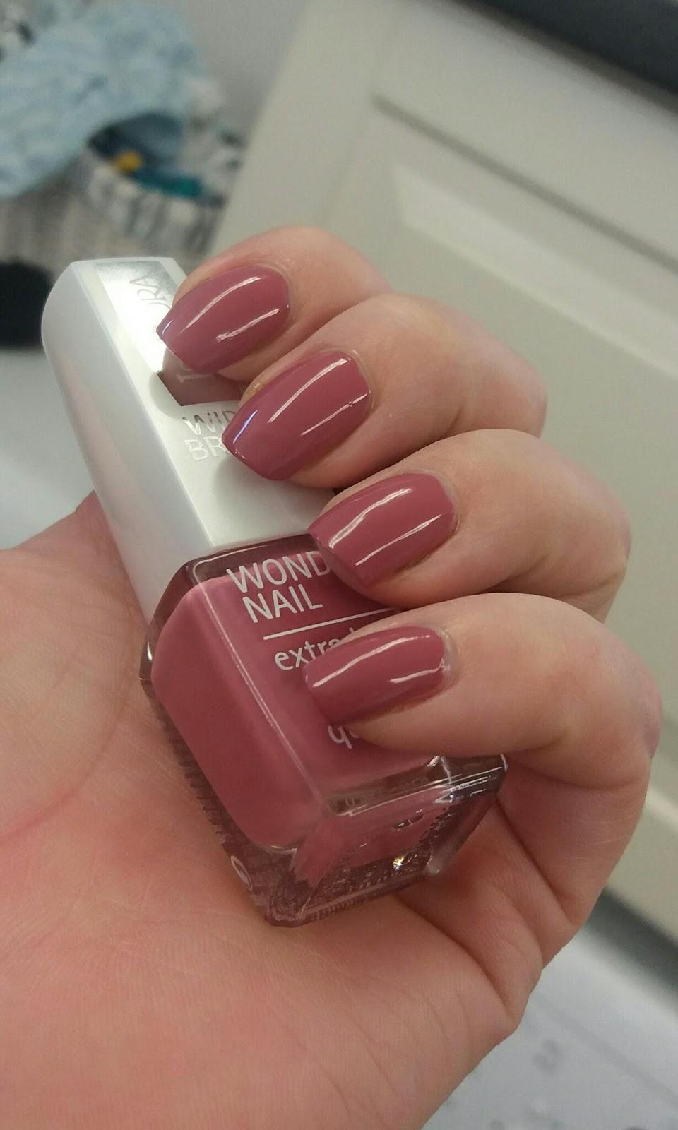 np nails mogna äldre kvinnor
