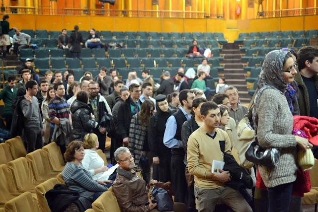 085 Avva Justin Parvu si Sfintii inchisorilor (Teatrul Luceafarul, Iasi, 2014.03.19)