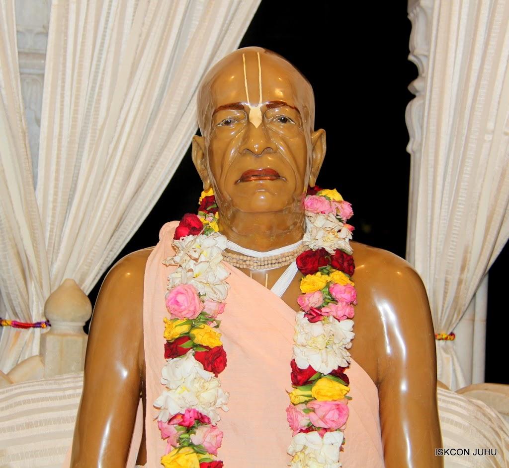 ISKCON Juhu Mangal Deity Darshan on 30th May 2016 (12)