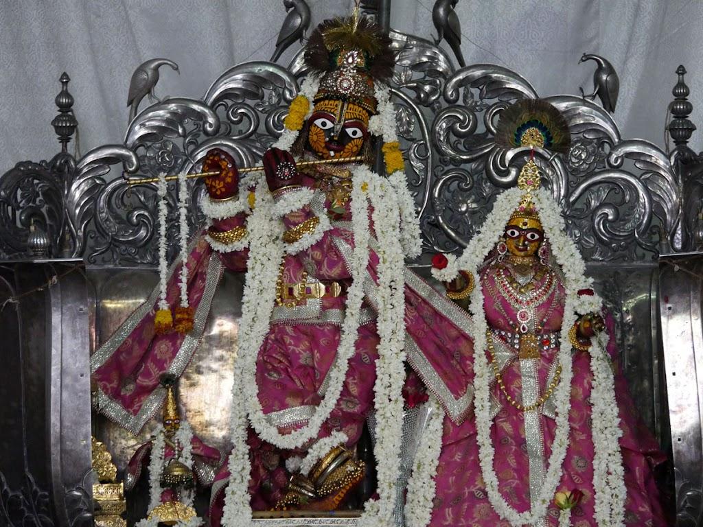 Radha Govind Devji Deity Darshan 14 June  2016 (1)
