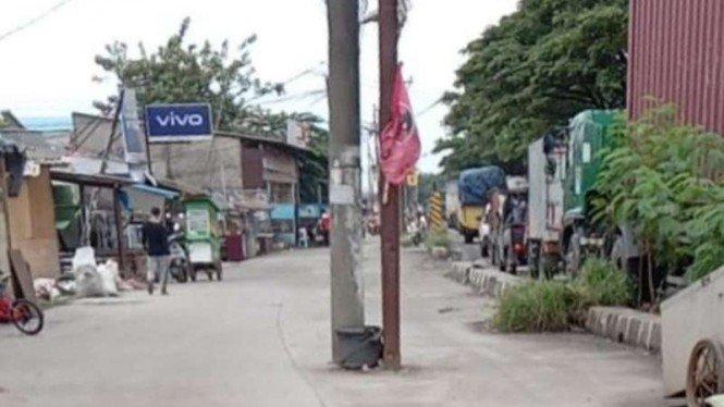 Tiang Listrik di Tengah Jalan, Pemkab Tangerang Surati PLN