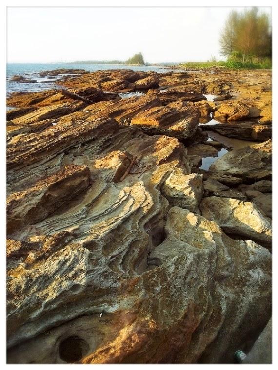 This Cape Rocks