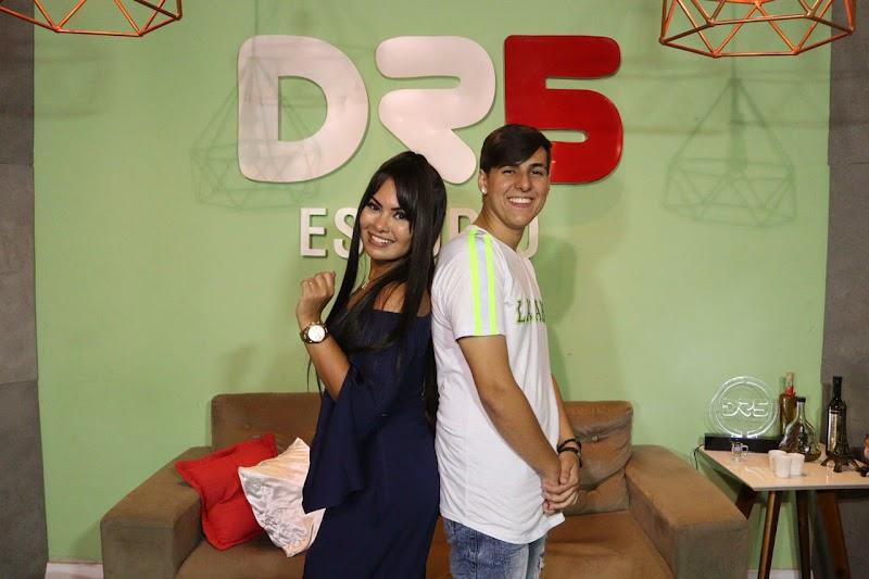 Gustavinho Playboyzinho grava novo sucesso com Paulinha Abelha