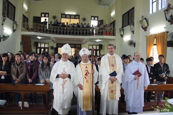 Thánh lễ tất niên dành cho quý doanh nhân, giới chức và sinh viên tại Tòa Giám mục Xã Đoài