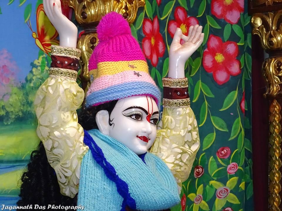 ISKCON Mira Road Deity Darshan 11 Jan 2016  (6)