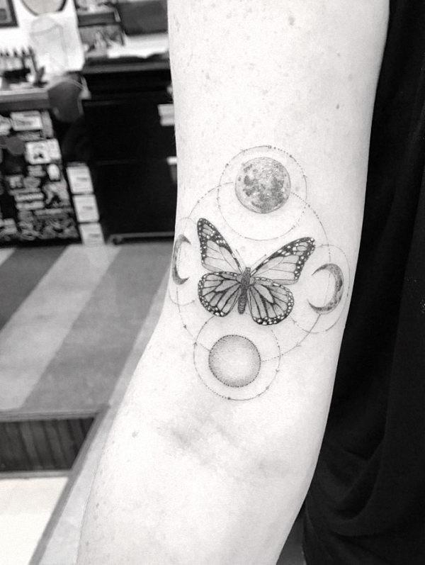 este_geomtricas_borboleta_e_a_lua_tatuagem