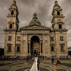 Wedding photographer Ervis Bostanxhi (bostanxhi). Photo of 08.01.2019