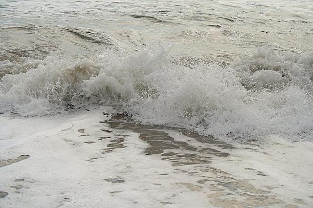 Burst of sea foam