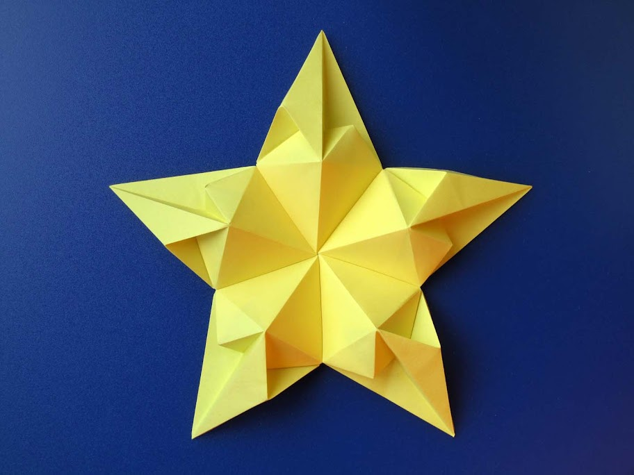 Origami Modulare Stella di cuori 2 - Star of hearts 2 by Francesco Guarnieri
