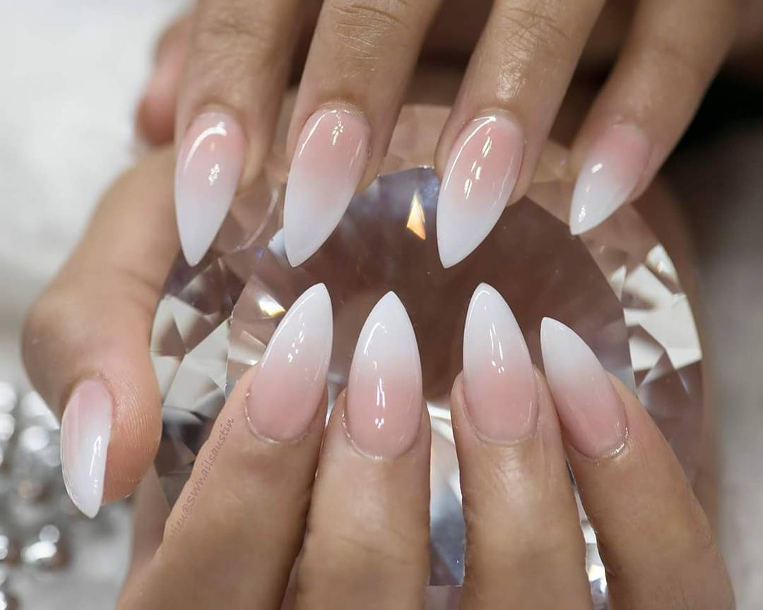 12 best ombre nail art designs for 2018 hairstyles 19 ombre nail art prinsesfo Images