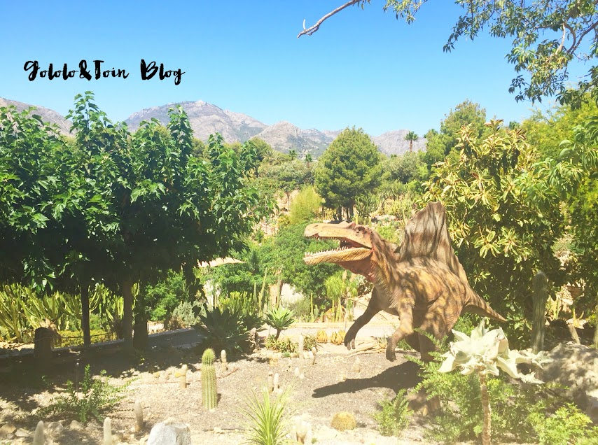 excursiones-con-niños-parque-tematico-dinosaurios-dinopar-algar