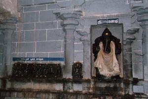 Thiruppariyalur (Parasallur) Temple - Sri Koshta Ganapathy