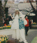 Alice in Wonderland on stilts