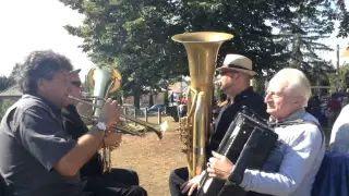 Szüreti felvonulás Jákó 2015 - Gyülekezés a Kultúrház előtt video