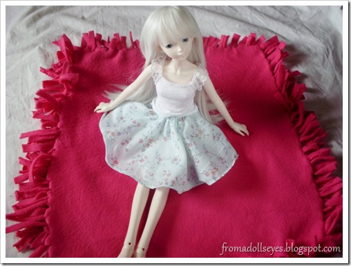 Doll Sized Fleece No Sew Blanket