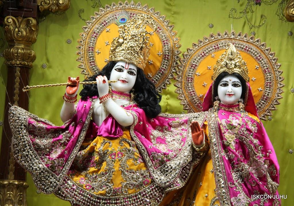 ISKCON Juhu Mangal Deity Darshan on 24th Aug 2016 (24)