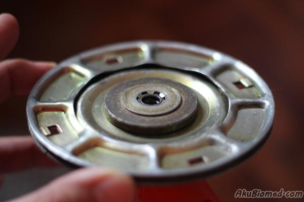 cara buka disc trimmer mesin rumput sandang