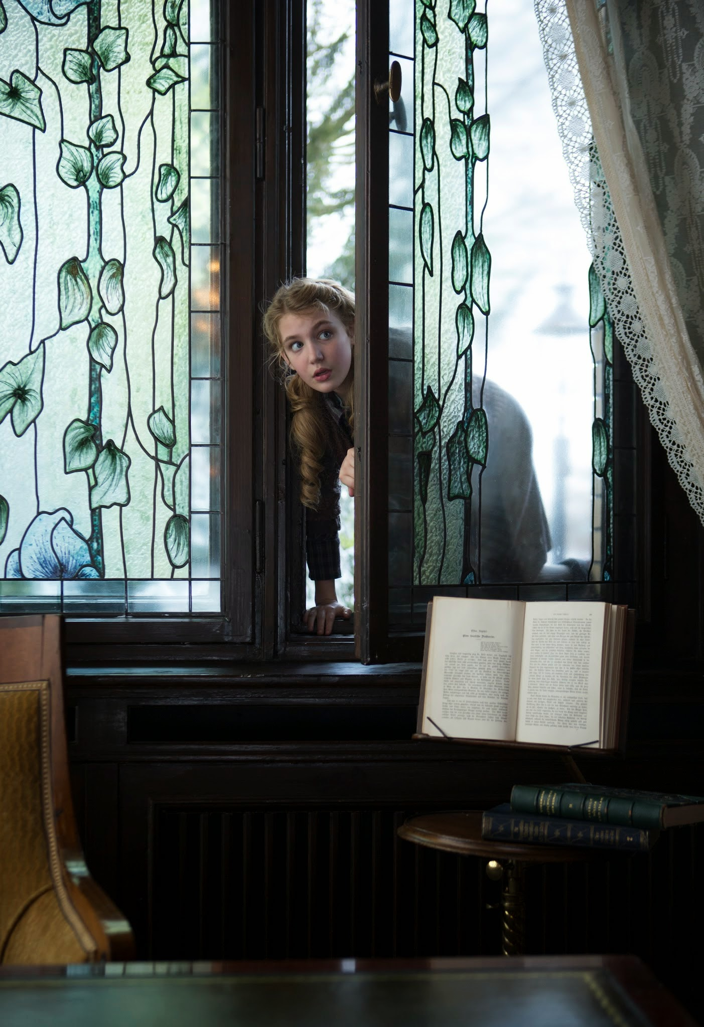 sophie nelisse THE BOOK THIEF.jpg
