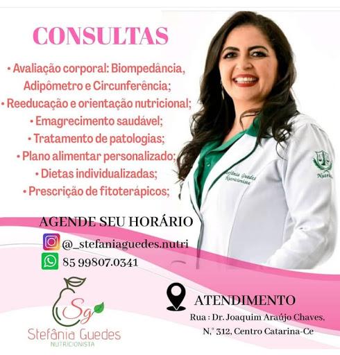 Dra. Stefânia Guedes, nutricionista em Catarina. Clique na imagem