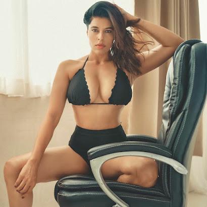 beautiful indian girl on instagram