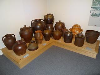 2016.08.07-036 poteries au musée de Normandie