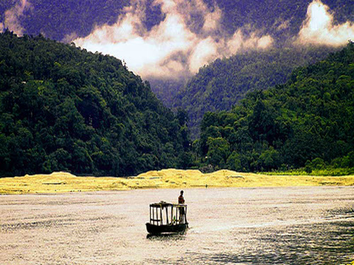 Boat on the river at Jaflong