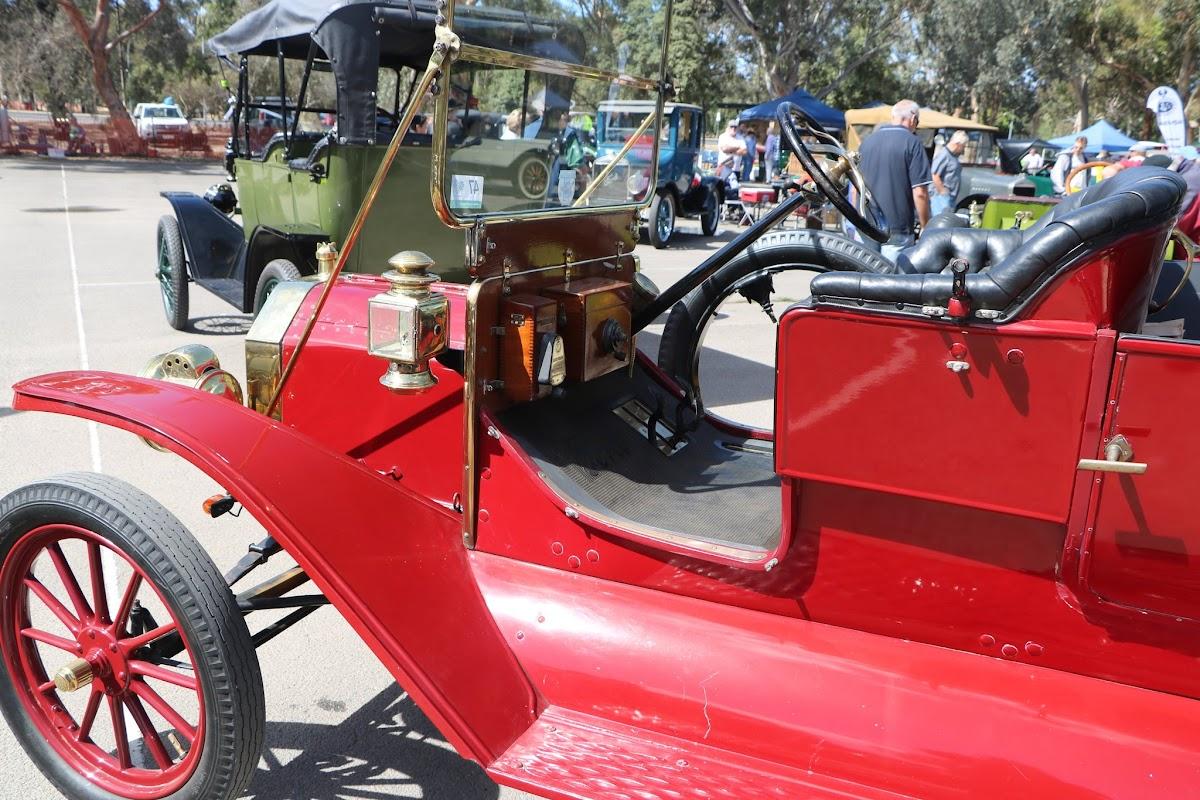 Ford Model T Tourer 08.JPG