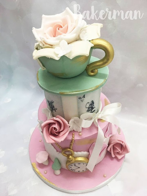 Alice and Wonderland Themed Cake by Bakerman
