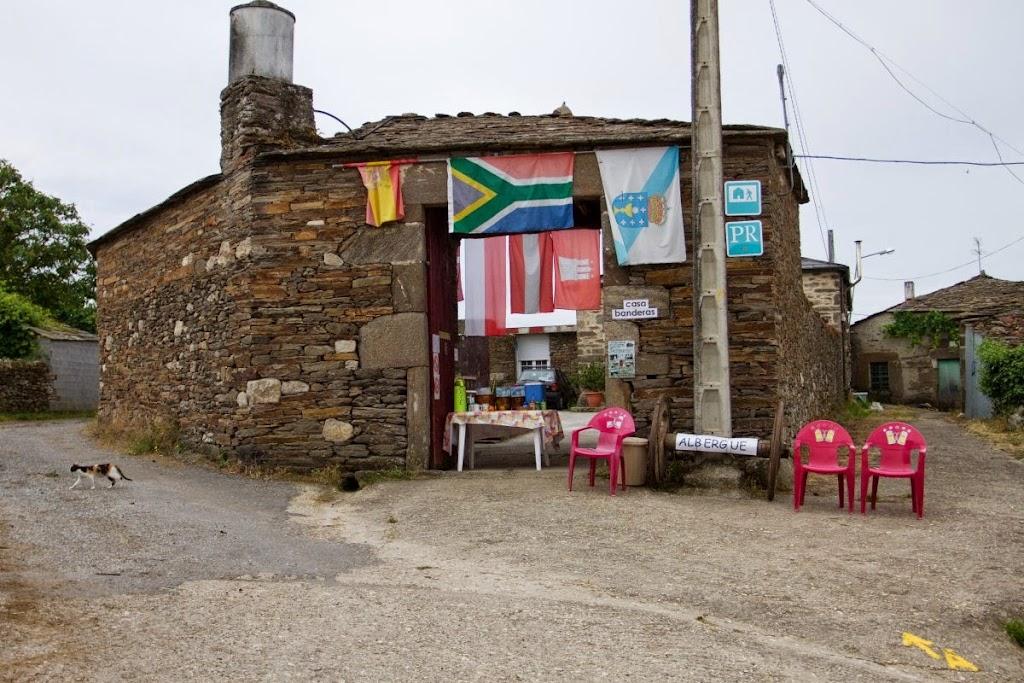 Albergue de peregrinos Casa Banderas, Vilachá, Lugo :: Albergues del Camino de Santiago