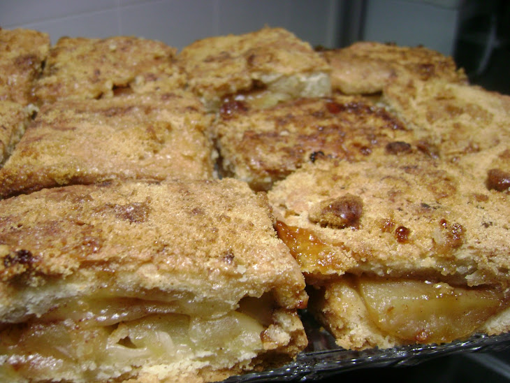Simple Apple Cake Portuguese-Style