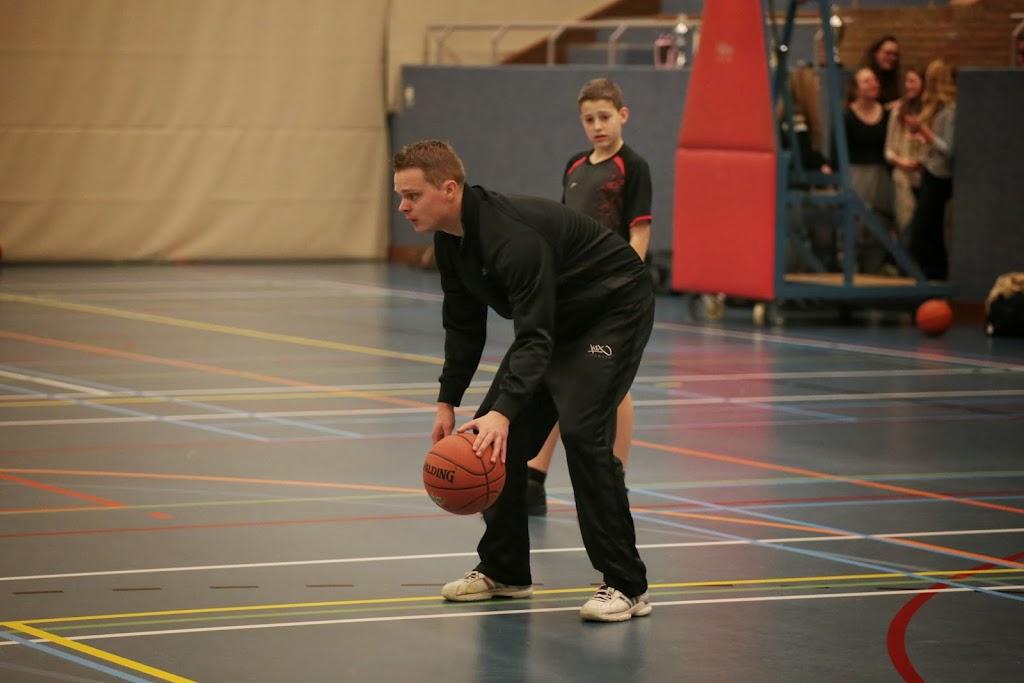 Basketbal clinic 2014 - Mix%2Btoernooi%2B100.jpg